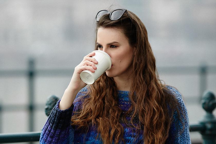 Sokkal szebbé válhatnak a téli napok egyetlen ruhadarabtól - Stílusnapló