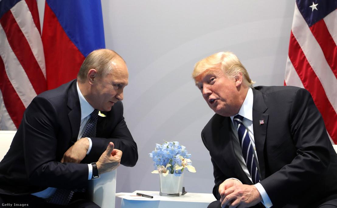 Putyin és Trump a G20 találkozón 2017 július 7-én
