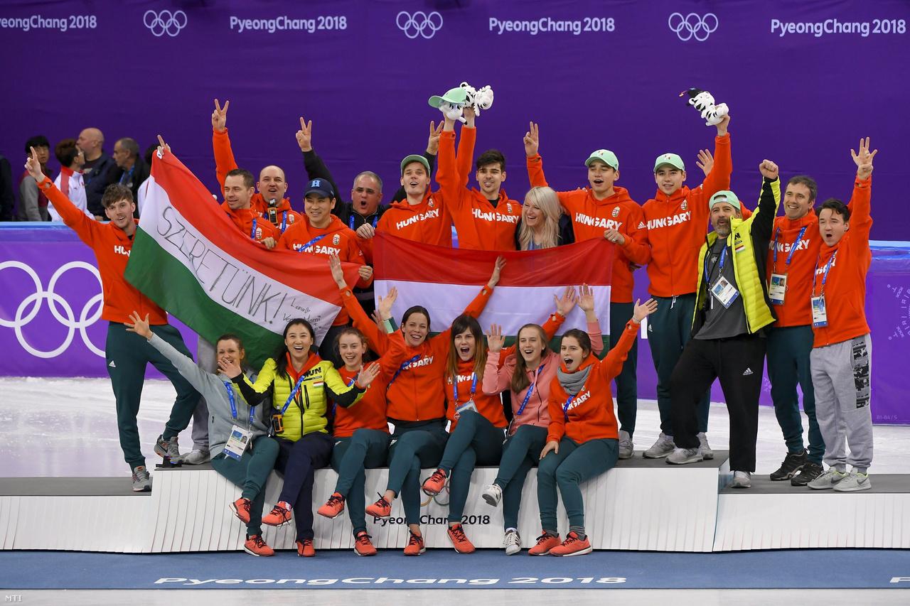 Az éremtáblázatot végül a norvégok nyerték Phjongcshangban, ugyanúgy 14 aranyuk lett, mint a németeknek, de összességében több érmük volt. 14 arany, 14 ezüst, 11 bronz lett a norvég eredmény. Magyarország a gyorskorcsolyázók nagyszerű aranyérmével a 21. helyen zárt.