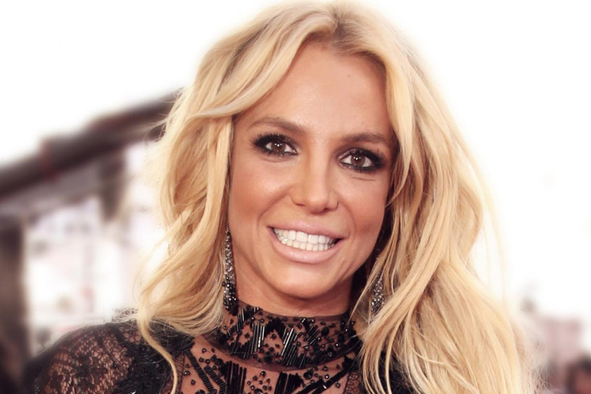 Britney Spears fülig szerelmes 12 évvel fiatalabb pasijába - Ilyen dögös Sam