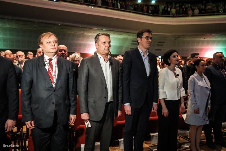 Hiller István, Molnár Gyula és Karácsony Gergely az MSZP kampánynyitó kongresszusán 2018. február 10-én