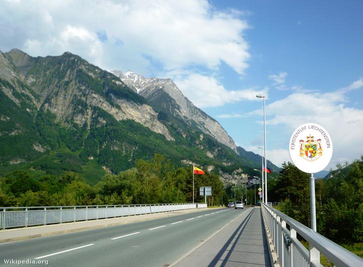 Nyitott határ Liechtenstein és Svájc között