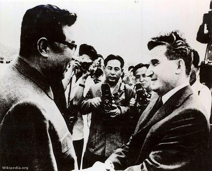 Kim Ir Szen fogadja Ceausescut 1971-ben. A román diktátort érezte magához talán legközelebb a keleti blokkból.