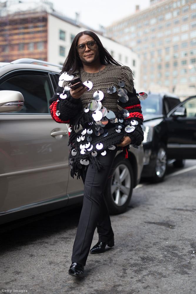 Szerettük ezt a túlméretezett flitteres pulóvert is New Yorkban.