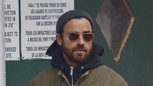 Az ember esze megáll: utcára lépett a válófélben lévő Justin Theroux