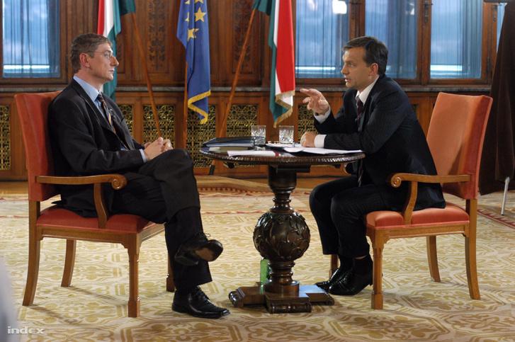 Gyurcsány Ferenc kormányfő, a Magyar Szocialista Párt miniszterelnök-jelöltje és Orbán Viktor, a Fidesz – Magyar Polgári Szövetség elnöke, a párt miniszterelnök-jelöltje 2006-ban