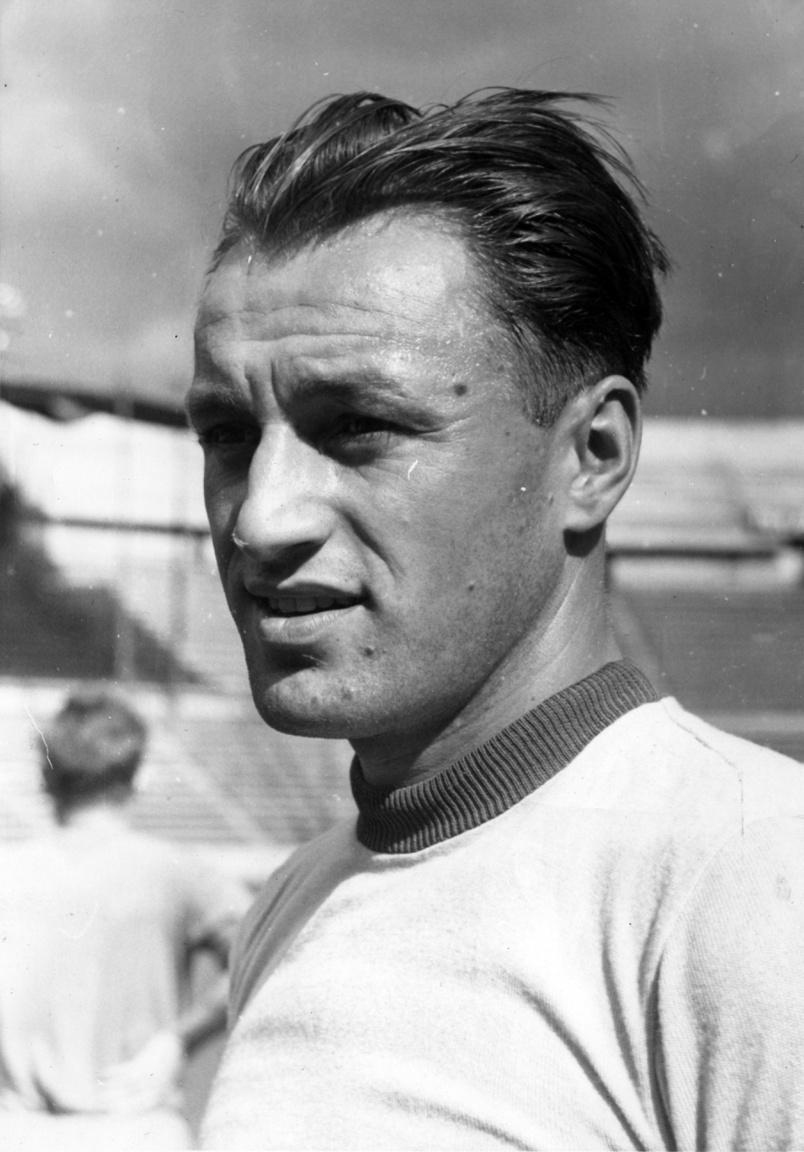Ónody I. Andor a Nagyváradi AC-tól 1945-ben került a Fradiba és 1948 májusáig 121 meccsen 3 gólt szerzett a zöld-fehérek mezében. Bal oldali védő volt, leginkább Rudas Ferenccel párban. A válogatottban egyszer szerepelt, 65 évesen, 1986-ban hunyt el.