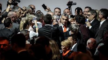 A Fidesz választási programja az, hogy Orbán Viktor