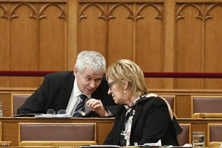 Polt Péter és Handó Tünde az Országos az Országgyûlés plenáris ülésén 2017. november 30-án