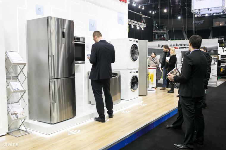 Itt van a Bosch okosotthona, amivel minden háztartási eszköz vezérlése elérhető egy alkalmazás segítségével