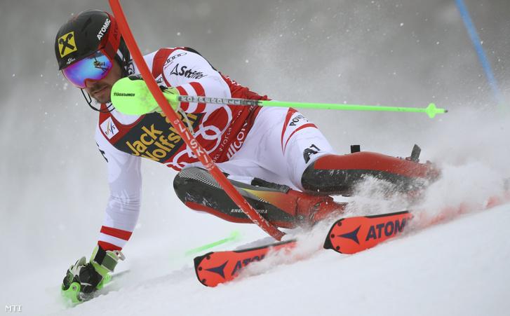 Az osztrák Marcel Hirscher a férfiak műlesikló-viadalában az alpesi sízők világkupa-sorozatának Kranjska Gora-i állomásán 2018. március 4-én.