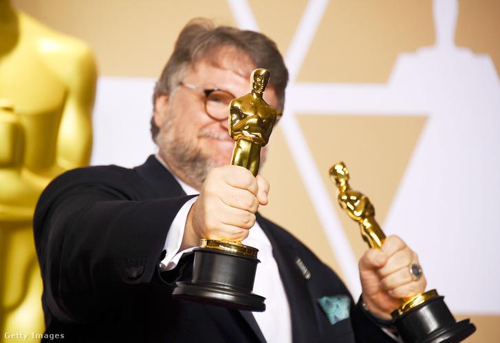 Guillermo del Toro két Oscar-díjával