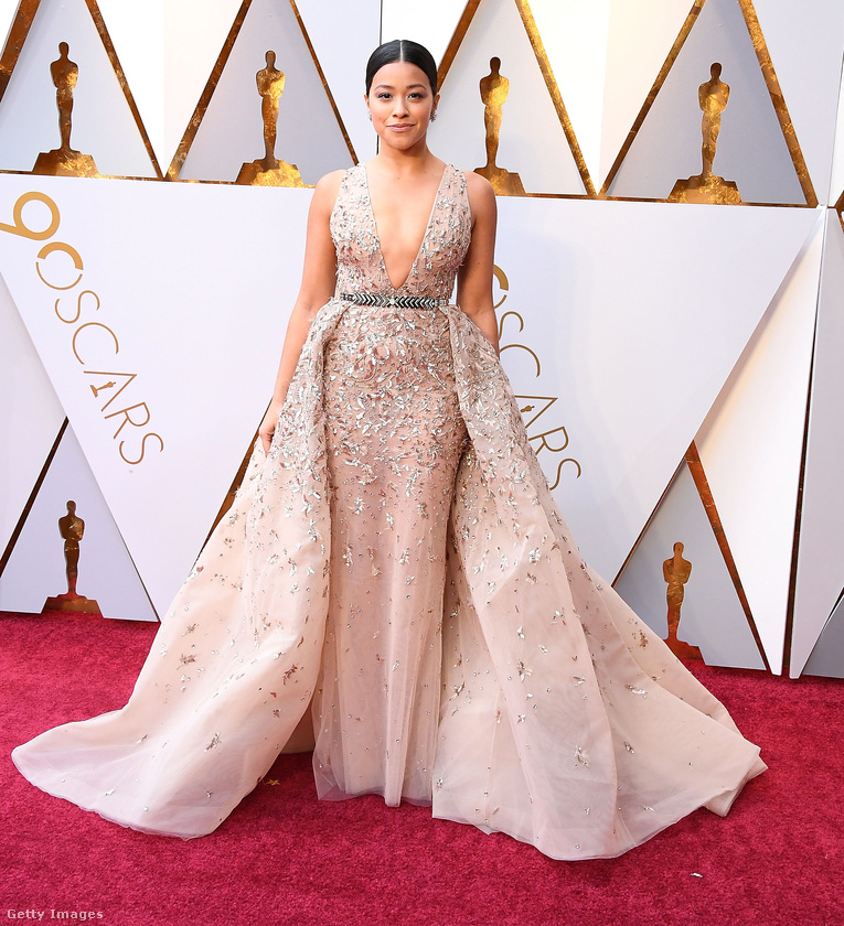 A Szeplőtelen Jane című sorozatból ismert Gina Rodriguez viselte az est egyik legszebb ruháját