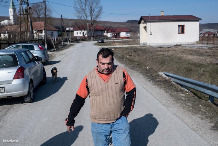 Kiss István, Csenyéte MSZP-s képviselője