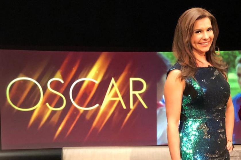 A magyar műsorvezető flitteres estélyiben közvetítette az Oscar-gálát