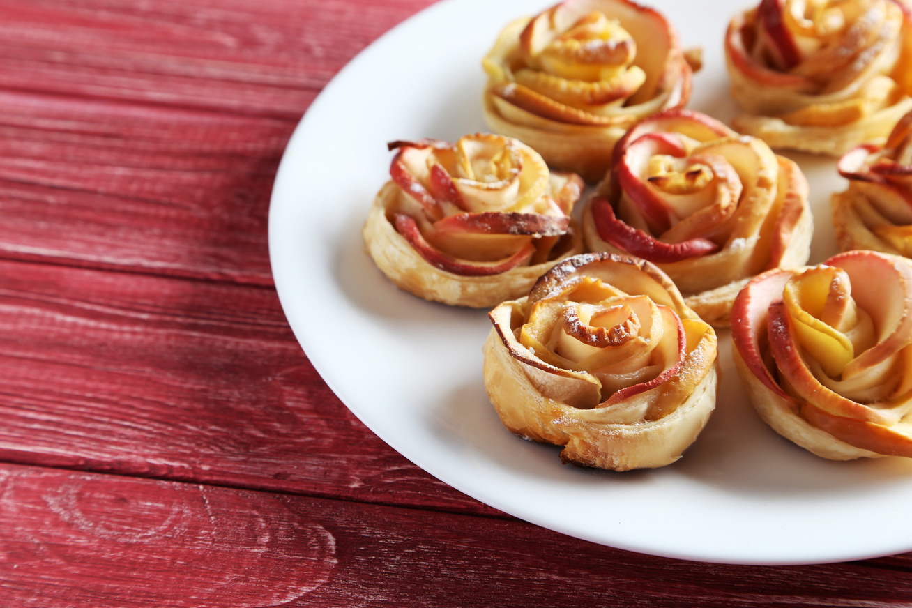 Hipergyors vaníliás, fahéjas almarózsák: csodás desszert percek alatt