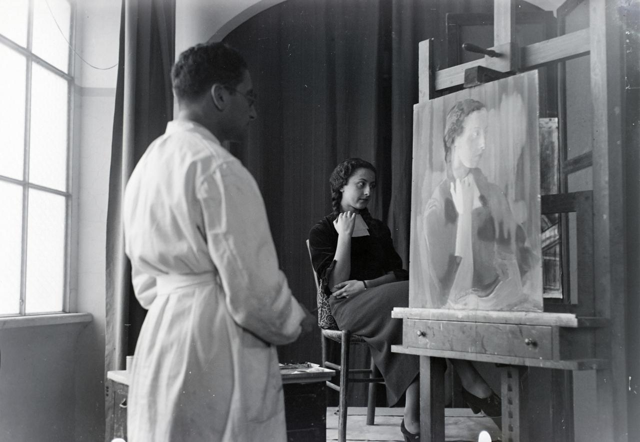 VInkler László egy olasz modellel, szintén a Római Magyar Akadémia épületében található műteremben.