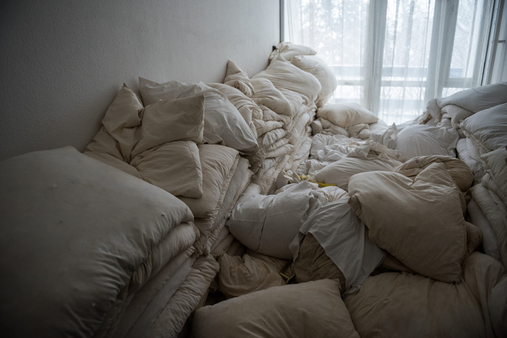 Felstócolt ágyneműk.