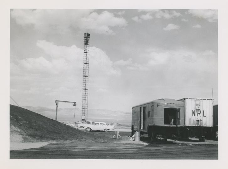 A Plumbbob tesztsorozat egyik helyszíne a nevadai sivatagban, 1951-1960 körül
