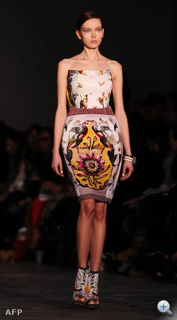 Mary Katrantzou divatbemutatója