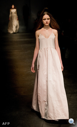 Charles Anastase divatbemutatója