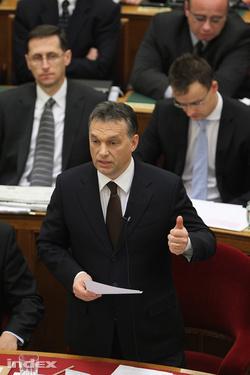 Alkotmányozó miniszterelnök (Fotó: Barakonyi Szabolcs)