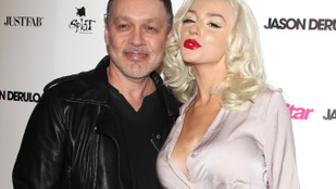 Courtney Stodden beadta a válókeresetet