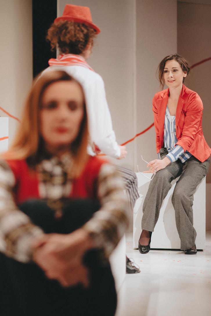 Káosz, A darab április 22-én kerül színre 19:00-tól a Nagyszínpadon