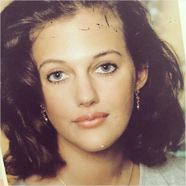 Meryem Uzerli tinédzserkorában is gyönyörű volt.