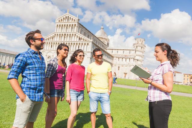 hogyan keresnek pénzt a női turisták
