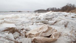 A nap rejtélye: 54 levágott kézfejet mosott partra a víz Szibériában