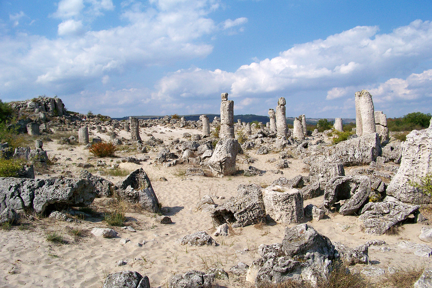 Képeken Bulgária kővé vált erdeje: a tudósok szerint talán így keletkezhetett