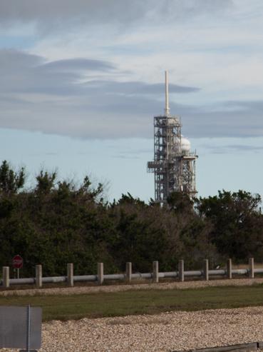 Alighanem az ott a 39A kilövőállomás, de itt épp nem áll bent a Falcon Heavy