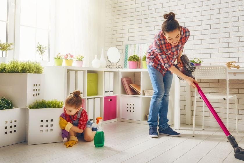 Állandó takarítással is megbetegíthető a gyermek, ezeket a tisztítószereket kell elkerülni
