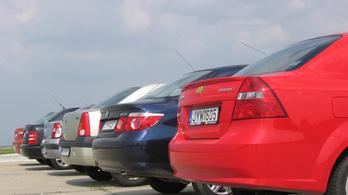 Teszt: Chevy Aveo, Dacia Logan, Fiat Albea, Honda City, Renault Thalia, Skoda Fabia összehasonlítás