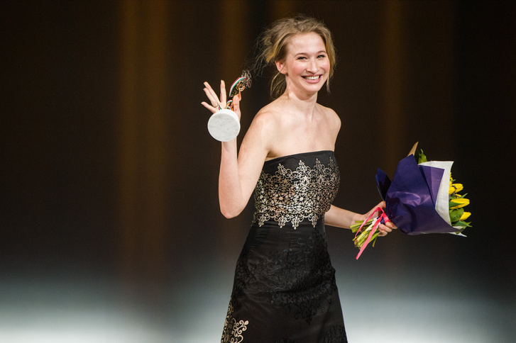 A legjobb játékfilmes nõi mellékszereplõ díjával kitüntetett Tenki Réka