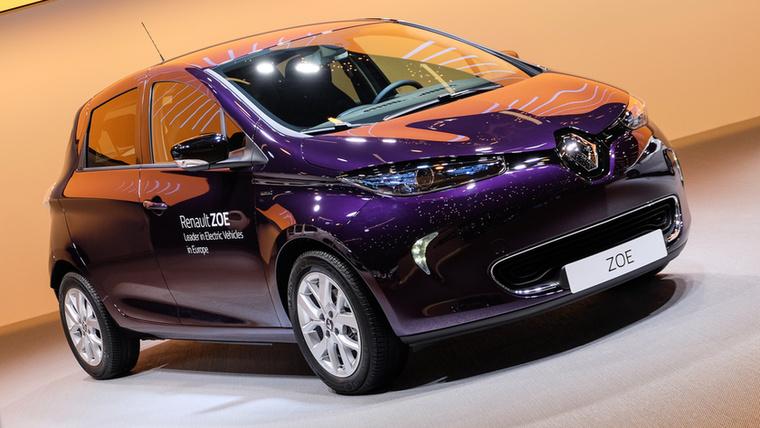 Nem új autó, csak frissítettek rajta: a Renault Zoe mostantól R110-esként készül, jelezve, hogy az eddigi 90 lóerő helyett már 110 paci vonszolja
