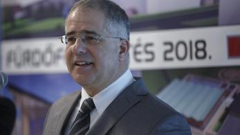 Magyar Nemzet: Kósa Lajos 4,3 milliárd euró felett rendelkezett. Kósa: Kamu, szélhámosság