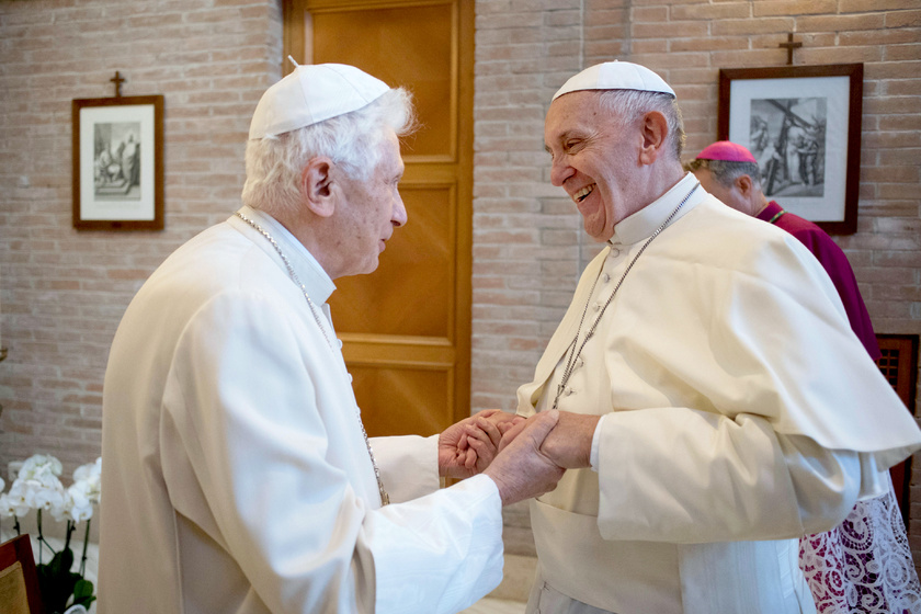 XVI. Benedek megvédte Ferenc pápát: levélben mondta meg a véleményét