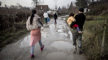 Szegénység miatt veszik el a roma gyerekeket a családjuktól