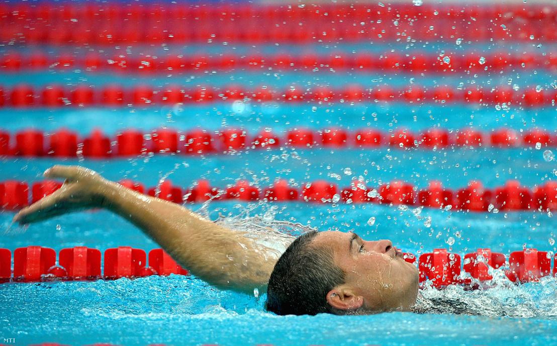 Becsey János úszik a 200 méteres vegyesúszás SM7 kategória előfutamában a Nemzeti Vízisportközpontban a pekingi paralimpián 2008. szeptember 7. Pekingben.