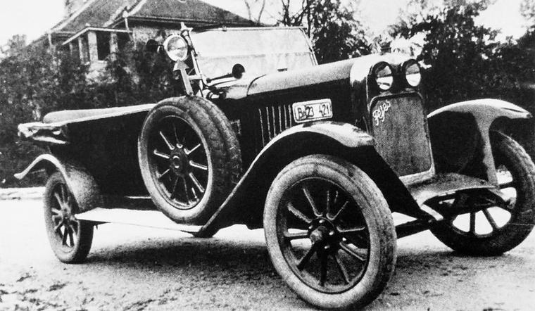 Fejes Jenő zseniális konstruktőr volt, az autótörténészek a mai napig vágják a nevét, mert ő alkotta meg a világ talán egyetlen, nem blokköntvényes, hanem acéltáblákból hegesztett lemezmotorját