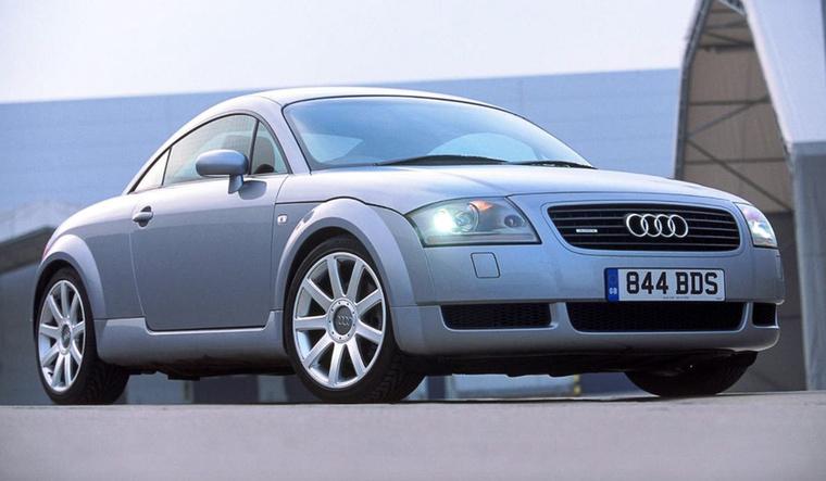 1994-ben Győrben, az egyik volt Rába-csarnokban Audi-motorokat kezdtek összeszerelni