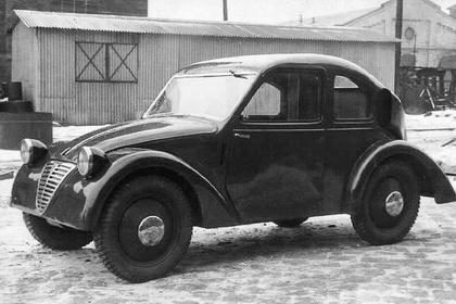 A háború utáni évek első magyar autóját Pentelényi János készítette 1946-ban