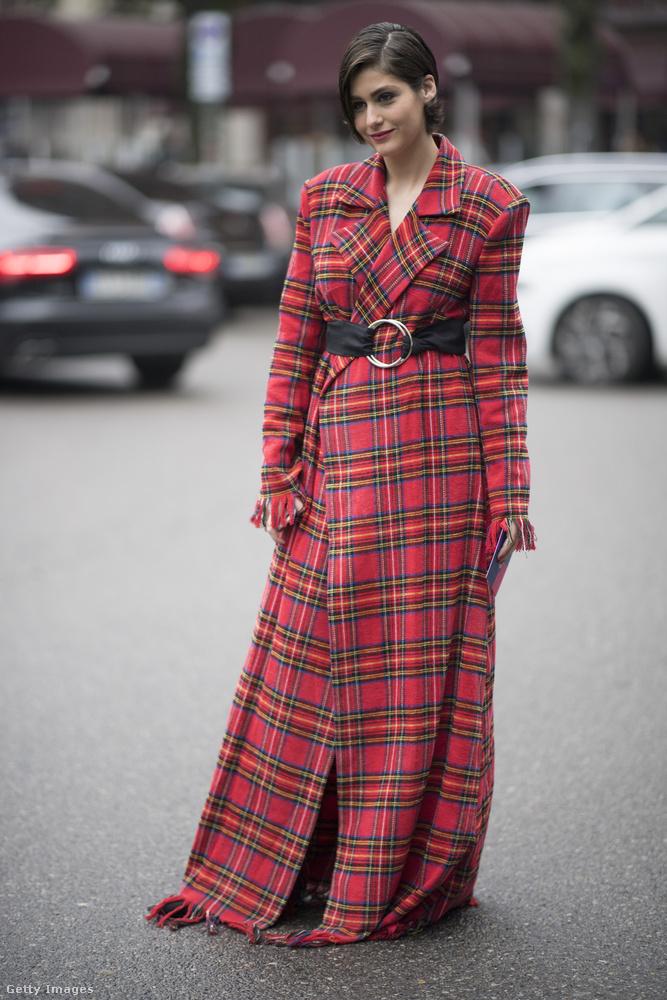 Nemcsak Londonban, Milánóban is szuperdivatos a skót kockás kabát.