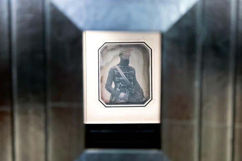 Óriási kincs: magyar nemzetőrről készült dagerrotípiát mutattak be
