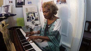 Zenével ünnepli az életet Harlem titkos jazzkirálynője