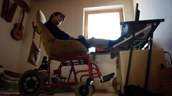 2036-ig lakóotthonokba költözhet minden fogyatékkal élő