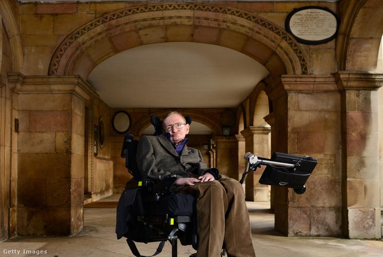 """""""Ők a teljes rejtély"""" - mondta Hawking a nőkről."""