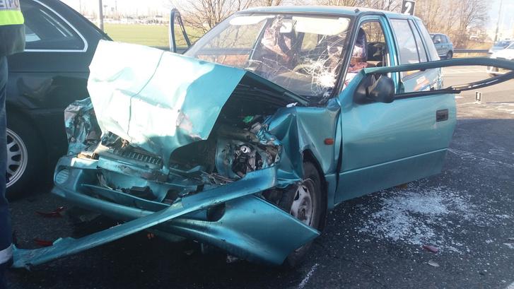 Az M7-esen történt baleset egyik autója